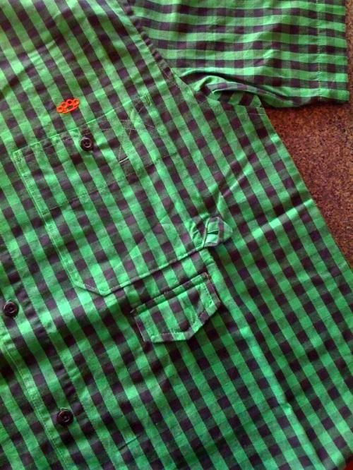 10deepbuttongreen