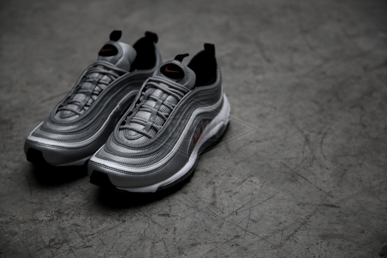 Cheap Air MAX 97 GOLD FIRST LOOK Silver Bullet and Gold AM97